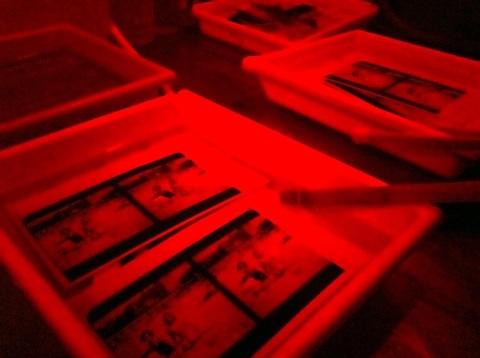 Anthony Vizzari's home darkroom