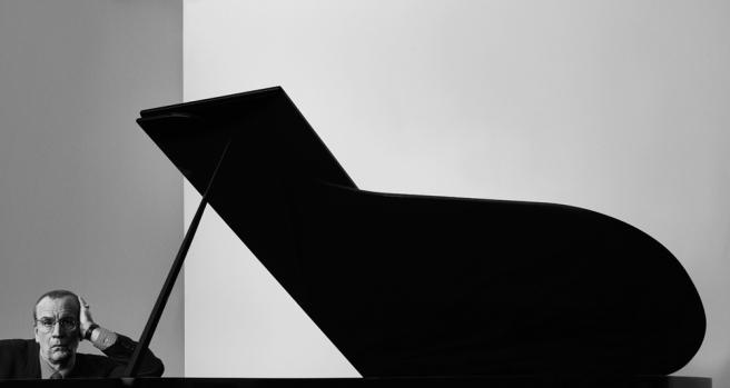 Arnold Newman Igor Stravinsky New York, NY 1960 2014 © Sandro Miller
