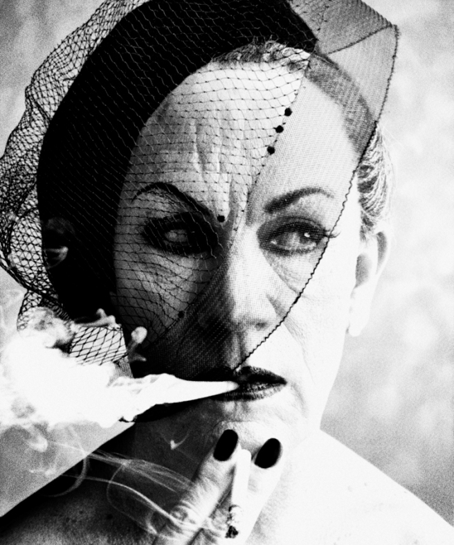 William Klein / Smoke and Veil, Paris (Vogue 1958), 2014 © Sandro Miller