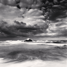 East Sea Tide, Hoojeong Beach, Gyeongsangbukdo, South Korea, 2010 © Michael Kenna